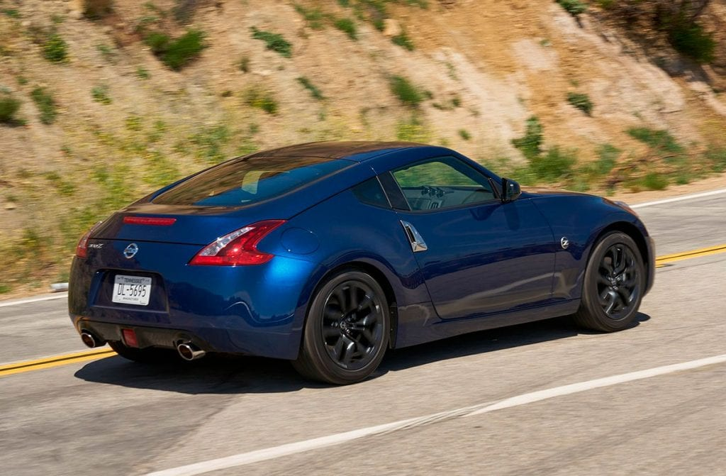 Nissan 370z parte lateral
