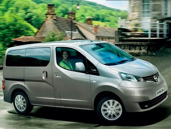 Nissan Evalia edición gasolina