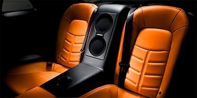 Asientos del Nissan GTR