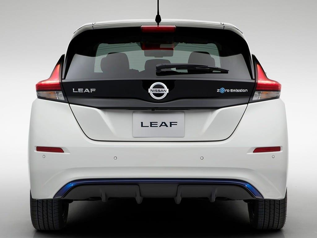 Parte trasera del Nissan LEAF eléctrico