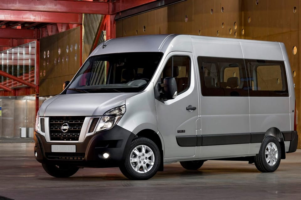 Diseño exterior Nissan NV 400